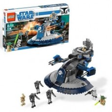 LEGO Star Wars Armored Assault Tank (AAT) with Yoda