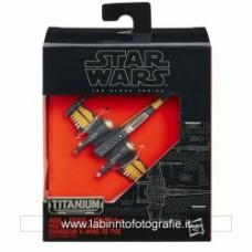 Star Wars: The Force Awakens Black Series Titanium Poe Dameron's X-Wing Vehicle