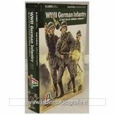 ITALERI 5515601 1/56 German Infantry 1943-1945 12 Figures