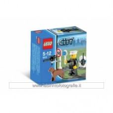 Lego 5612 Police Officer