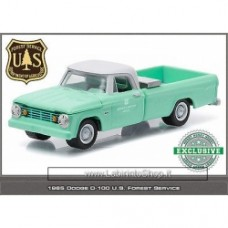 1:64 GREENLIGHT 1965 DODGE D-100 SWEPTLINE U.S. FOREST SERVICE