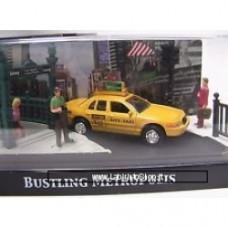 Motor Max Ford Crown Taxi Bustling Metropolis Diorama 1:64 Motor