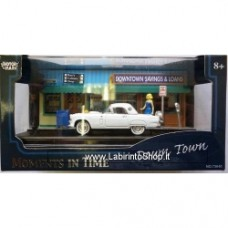 """Motormax Moments in time: """"DOWNTOWN SAVINGS & LOANS"""" 1:64 DIORAMA"""