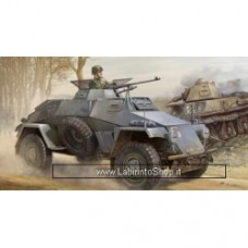 BRONCO 1/35 SdKfz.221 LIGHT ARMORED RECON
