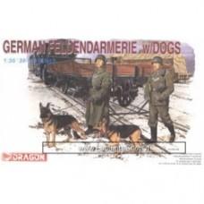 German Feldgendarmerie with Dogs 6098