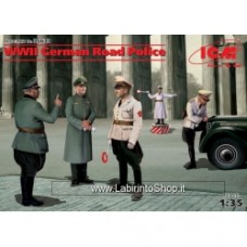 ICM 1/35 WWII German Road Police (5 figure)