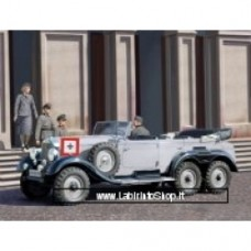 ICM 1/35 WWII German G4 (1939 production), German Car with Passengers