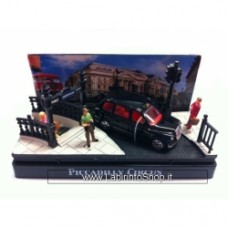 Motormax Moments in time: Piccadilly circus 1:64 DIORAMA