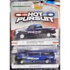 1:64 GREENLIGHT HOT PURSUIT 2014 Ram 1500 Wilmington Police Ohio