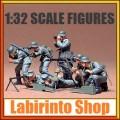 Soldatini figure statiche 1/32