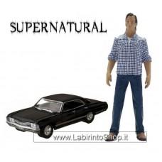 Supernatural Exclusive Sam Figure 1:18 with Impala Sedan 1:64 Scale Car