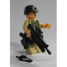 Militare Divisa Beige Chiaro con Finiture Verdi 01