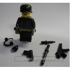 Militare Divisa Verde con Finiture in Grigio 03