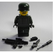 Militare Divisa Verde con Finiture in Grigio 02
