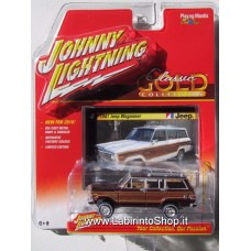 Johnny Lightning Classic Gold 1/64 1981 Jeep Wagoneer Brown
