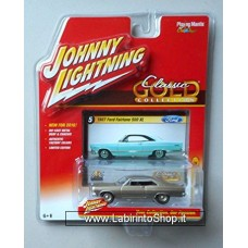 Johnny Lightning Classic Gold 1/64 1967 Ford Fairlane 500 XL Silver