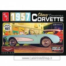 AMT 1/25 1957 Corvette Convertible (White)