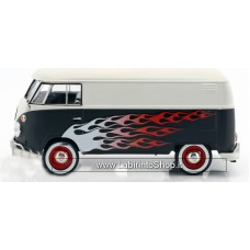 Motor Max 1:24 scale Volkswagen VW Type 2 T1 bus Hot Rod with Flames