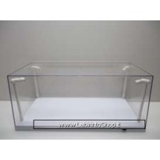 T9 1/18 Led Show case. This case comes with 4 Ultra Bright Led, Adjustable light, uses 4 AA