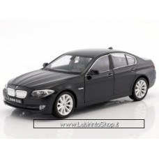Welly - BMW 535i Black Die Cast Model - Scale 1:24