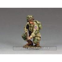 DD286 US Paratrooper Crouching Tommy Gunner (82nd)