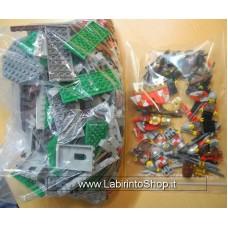 Lego - Parti per Castello con Ponte Levatoio - Completo - Con minifigures