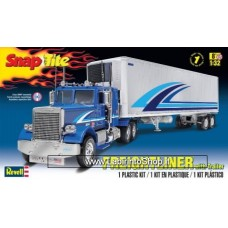 Revell 85-1981 - Snap-Tite - Freightliner With Trailer 1/32 Kit