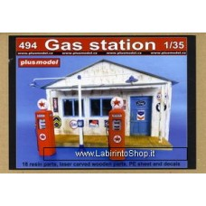 Plus Model 494 - Gas Station 1/35