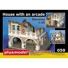 Plus Model 050 - House with Arcade 1/35