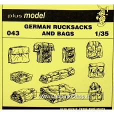 Plus Model 043 - German Rucksacks and Bags 1/35