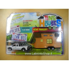 Johnny Lighting - Tiny Houses  - 1/64 - 2004 Ford F-250 Super Duty With Tiny House