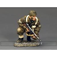 DD196  Crouching Sergeant w/'Tommy' Gun