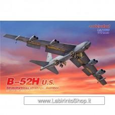 Modelcollect B-52H U.S. Stratofortress Strategic Bomber 1/72
