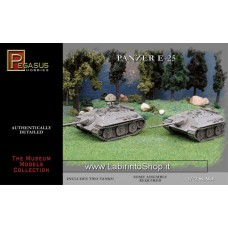 Pegasus Hobbies 1/72 Scale WWII Panzer E-25 (Includes 2 Tanks)
