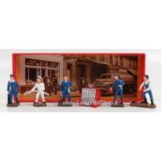 Dinky Toys - Esso Garage Figures
