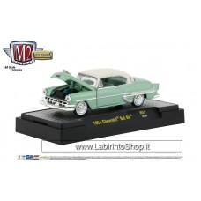 M2 - Auto-thentics - 1954 Chevrolet Bel Air (Diecast Car)