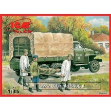 ICM Models 1/35 WWII Soviet Medical Studebaker US6 with Soviet Medical Personnel 1943-1945 35513