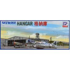 Pit-road Hanger (Plastic model) 1/700