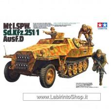 Tamiya Mtl. SPW Sd.Kfz.251/1 Ausf.D 1/35 Scale Kit