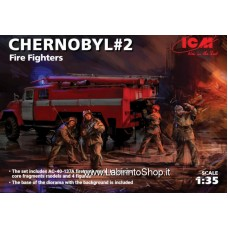 ICM 35902 Chernobyl 2 Fire Fireghters 1/35