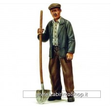Victoria Model - 4053 Man With Shovel 1/35