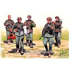 MasterBox 3583 1/35 German Elite Infantry WWII Era Eastern Front