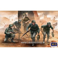 MasterBox 35177 1/35 German Infantry WWII Era Early Period