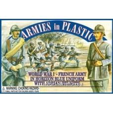 Armies in Plastic - 1/32 - World War I - French Army - In horizon Blue Uniform With Adrian Helmets