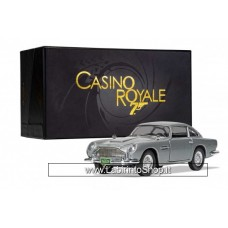 Corgi - Die Cast - 007 - James Bond - Aston Martin DB5 Casino Royale