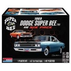 Monogram 1969 Dodge Super Bee 2 in 1 440 Six Pack 1/24