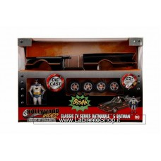 Jada - Batman - Classic TV Series Batmobile and Batman Die Cast Model Kit 25 parts